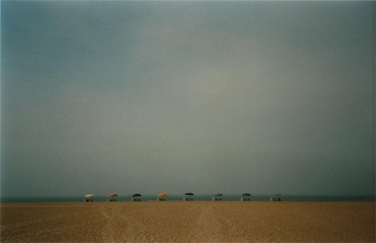 Beach_umbrellas_color